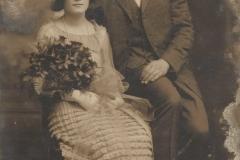 Padewska-para-młoda-z-początku-XX-ws