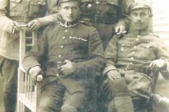 Bracia-Bik-,-stoją-od-lewej---Antoni-i-Andzrej,-siedzą-od-lewej---Ferdynand-i-Roman,-1920-r