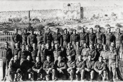 Zdjęcie-grupowe---Jerozolima-1943